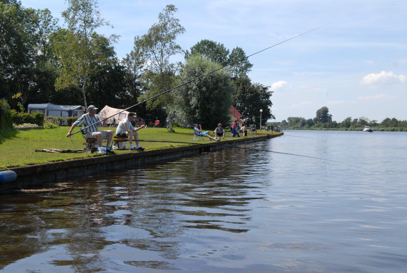 Vis vakantie in nederland kijk op for Viswater te koop belgie