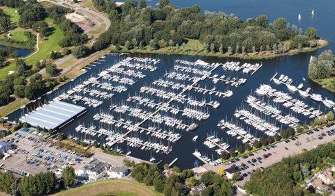 Luchtfoto Jachthaven Naarden